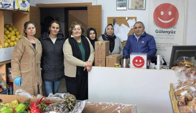 Ataşehir Gülenyüz Yardımlaşma Derneği Yardım Dağıtımına Devam Ediyor. 2018