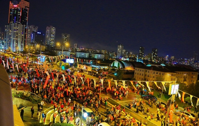 CUMHURİYET BAYRAMI COŞKUYLA ATAŞEHİR'DE KUTLANDI 2018