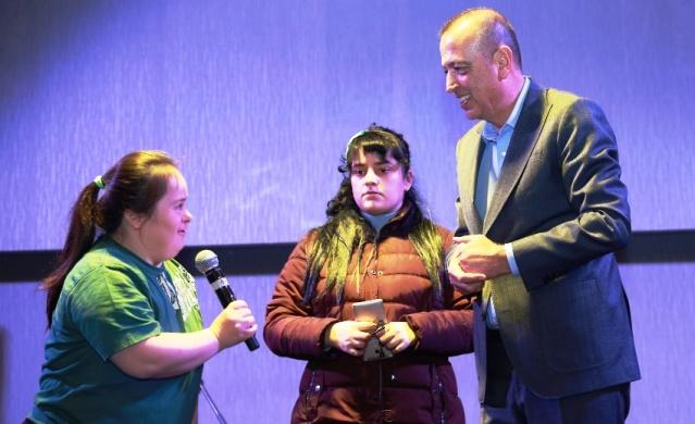 Battal İlgezdi, Ataşehirde Engellilerle Buluştu 2019