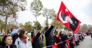 KADIKÖY'DE 10 KASIM'DA 'ATA'YA SAYGI ZİNCİRİ'
