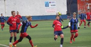 Ataşehir Bayan Futbol Takımı