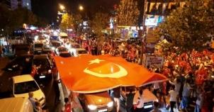 Ak Parti Ataşehir Demokrasi Nöbetinde 2016