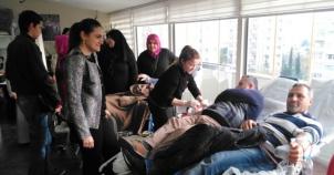 Ak Parti Ataşehir Kadın kolları Kan Bağışı Kampanyası 2016