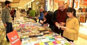 Ataşehir'de Binlerce çocuk tiyatro ve kitapla buluştu, 2016