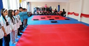 Ataşehir, Duriye Nuriye Öğrencileri Spor sınıfına kavuştu