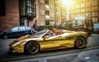 Ferrari Gold Taksi 2015