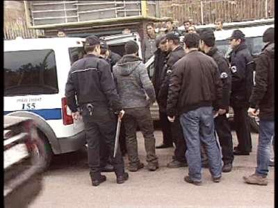 Ataşehirde'ki Kazada Yaralıları bırakıp kavgaya tutuştular