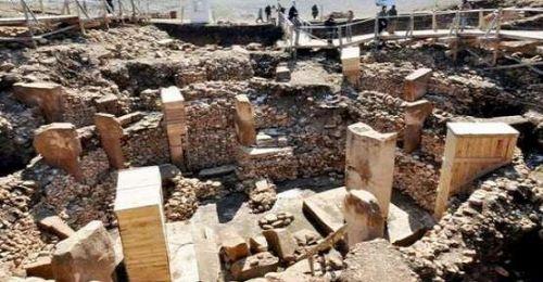 Göbeklitepe'de 11 bin yıllık heykel çalndı  kameralı önlem arttı
