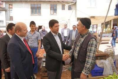 Ak Parti Bartın milletvekili adayları  Tunç ve Kalay Arıt esnafını ziyaret etti