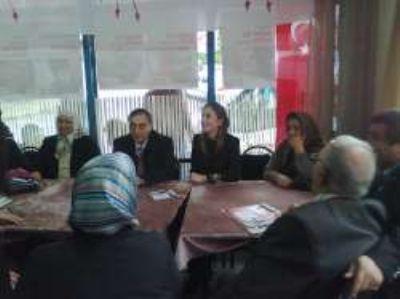 CHP İstanbul 1, bölge milletvekili adayları Yenisahra seçim bürosonu ziyaret etti