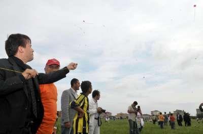 Tuzla'da Binlerce Uçurtma Çevre İçin Uçtu