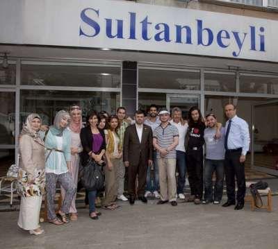 45 ÜLKEDEN 100 GENÇ SULTANBEYLİ'DE