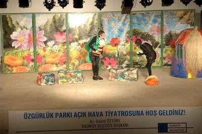 Kadıköy Belediyesi 10. Çocuk Tiyatro Festivali Başladı