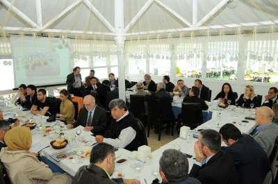 Başkan Çelikbilek gazetecilerin bayramını kutladı