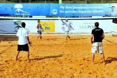 Türkiye'deki İlk Plaj Tenisi Turnuvası Pendik'te
