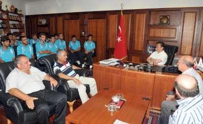 Tuzlaspor'dan Başkan Yazıcı'ya teşekkür ziyareti
