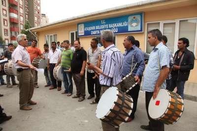Ataşehir'de davulcular Ramazan'a hazır