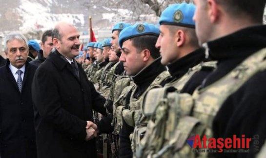 Bakanı Süleyman Soylu, Fatihler taburunu ziyaret etti.