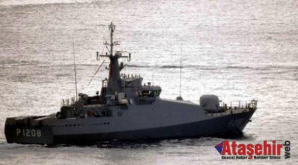 Kardak'ta  Savaş gemileri devriye geziyor