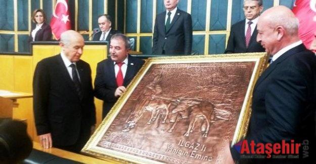 Ilgaz Belediye Başkanın'dan Devlet Bahçeli'ye Anlamlı hediye