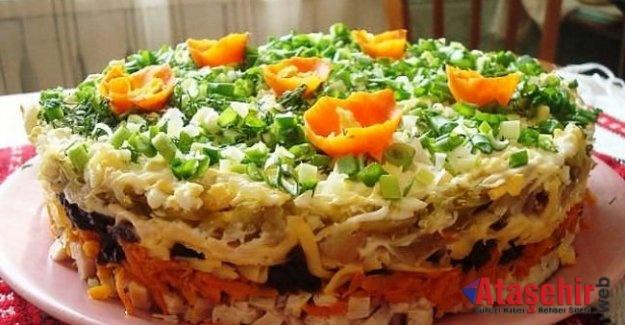Kuru Erik ile Katmanlı Salata
