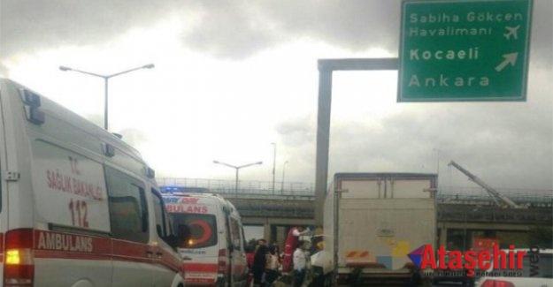 TEM'de Kaza Trafiği Kilitledi
