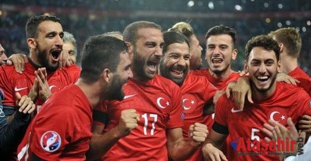 A Milliler Kosova'yı farklı yendi. Kosova 1-4 Türkiye
