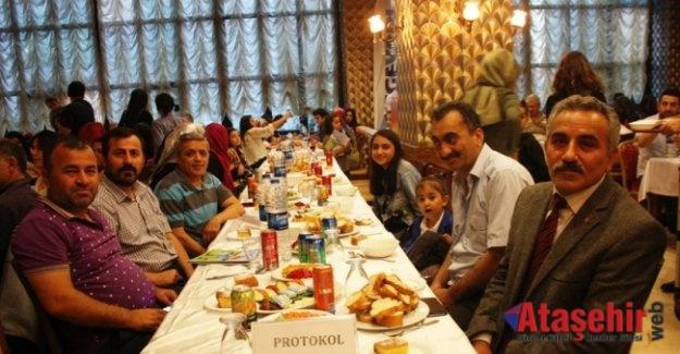Ege Yapı, Ataşehir Sakinleri ile İftar Yemeği'nde Bir Araya Geldi