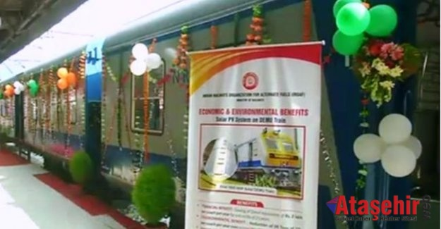 Hindistan'ın Güneş enerjisiyle çalışan tren yola hazır