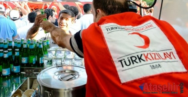 """Kızılay, """"Demokrasi ve Milli Birlik Günü"""" etkinlik takvimini belirledi"""