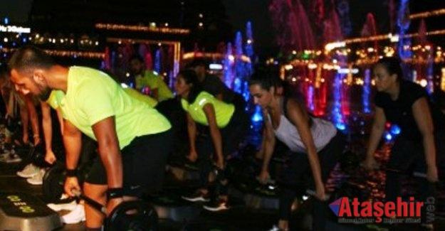 Ataşehir'de Havuz Başında Spor Etkinliği Düzenlenecek