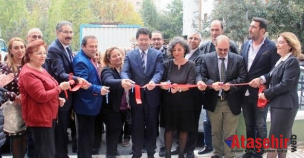 Ataşehir Eğitim Derneği'nin Ataşehir İçerenköy'deki merkezi açıldı.