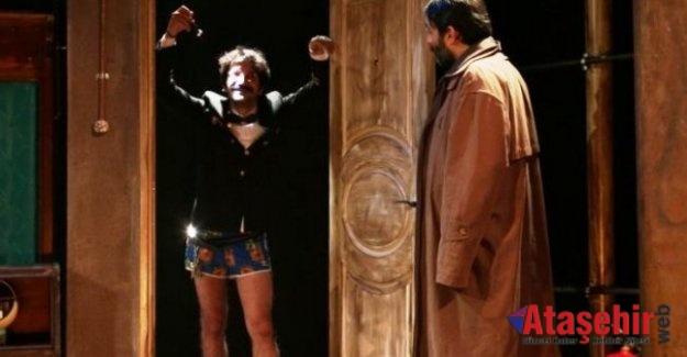 """""""DasDas""""ta Tiyatro ve Müzik Rüzgarı Esmeye Devam Ediyor"""