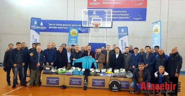 İBB'den Amatör Spor Kulüplerine Malzeme Desteği