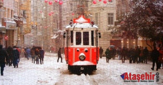 İSTANBUL'DA NOSTALJİK TRAMVAY YOLLARDA