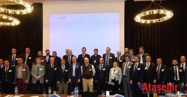 """Ataşehir'de Denizcilik Sektörü'ne """"Sektörel Güncelleme"""" paneli düzenlendi"""