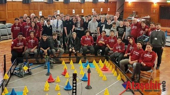 Liselilerin robotik takımı İngiltere'de finalde