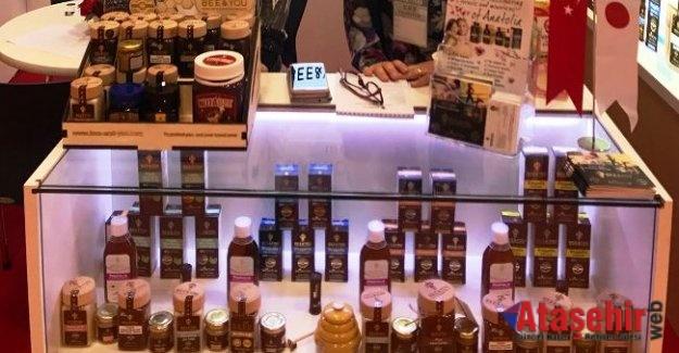 Anadolu propolisini FOODEX Japonya Fuarı'nda tanıttı
