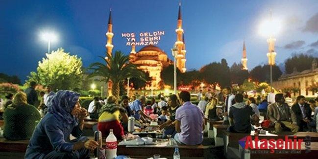 Türkiye Ramazan'da İstanbul'a Akın Ediyor