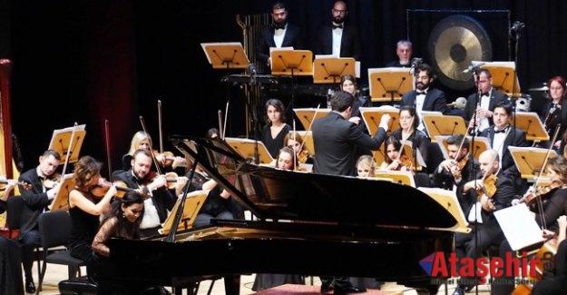 Bir Millet İki Devlet Konseri CRR'de Gerçekleşti
