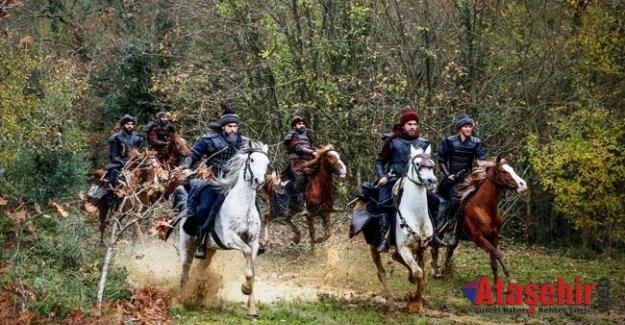 """""""DİRİLİŞ ERTUĞRUL"""" yükselişte hız kesmiyor!"""