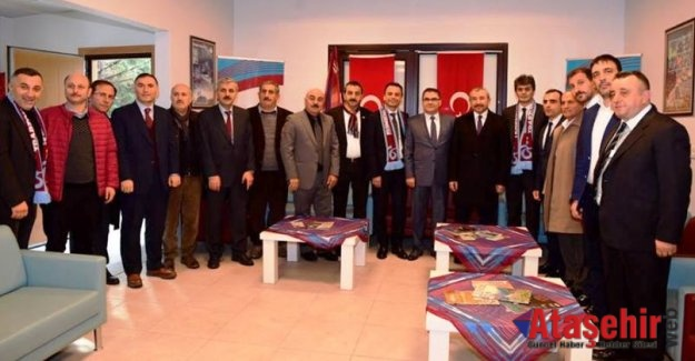 İSMAİL ERDEM, TRABZONLULARLA BİRARAYA GELDİ