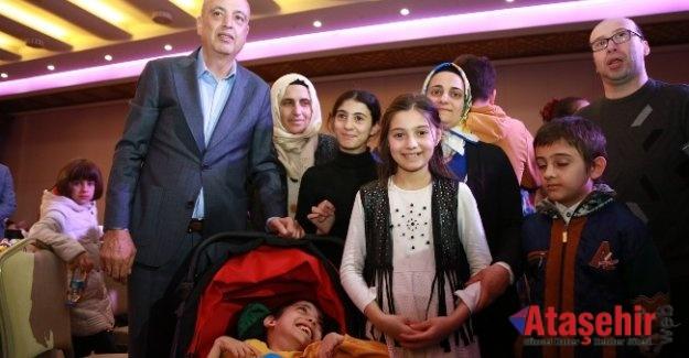 """İLGEZDİ, ENGELLİ DERNEKLERİNE """"BİR ARAYA GELİN"""" ÇAĞRISI YAPTI"""