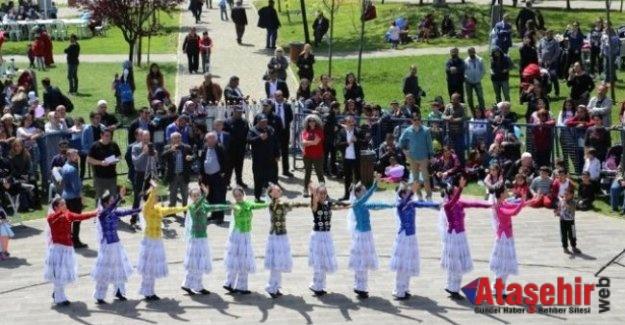Ataşehir'de Çinli Çocukların 23 Nisan Coşkusu