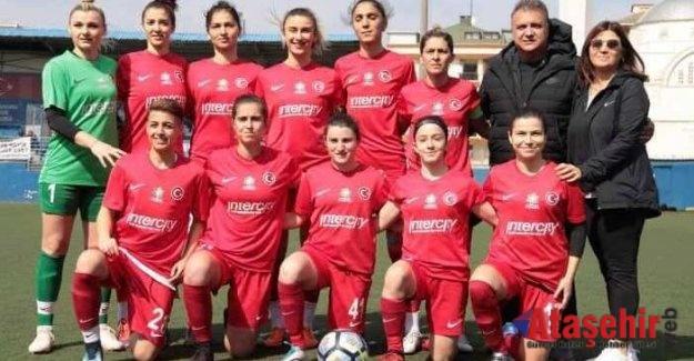 Konak Şampiyonluk Hesaplarını Ataşehir'de Bıraktı