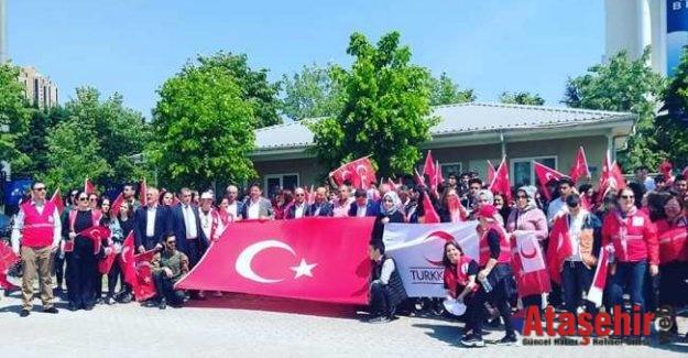 """Ataşehir Kızılay, """"Kan ver Can Ver"""" farkındalık etkinliği düzenlendi."""