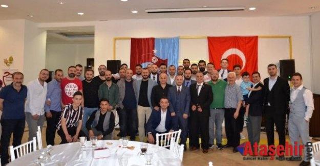Ataşehir Trabzonspor Taraftarları İftar'da Bir Araya Geldi