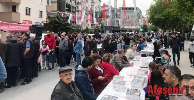 Ataşehirliler Sokak İftarında Bir Araya Geldi