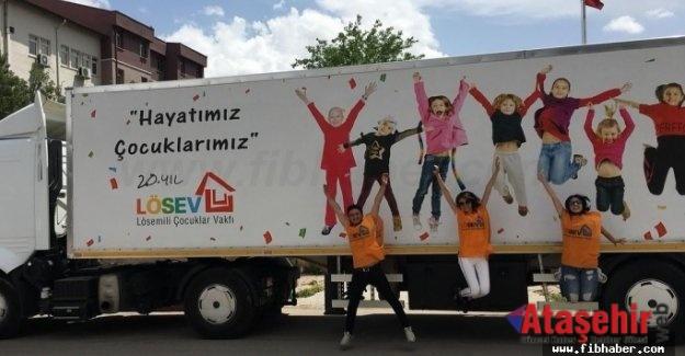 LÖSEV İYİLİK TIRI İSTANBUL'A GELİYOR!