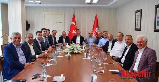 Ekrem İmamoğlu, CHP'li Başkanlarla biraraya geldi